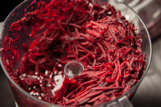 Shredded beets with maple syrup and apple, fresh vegan vegetarian recipes, eat whole foods