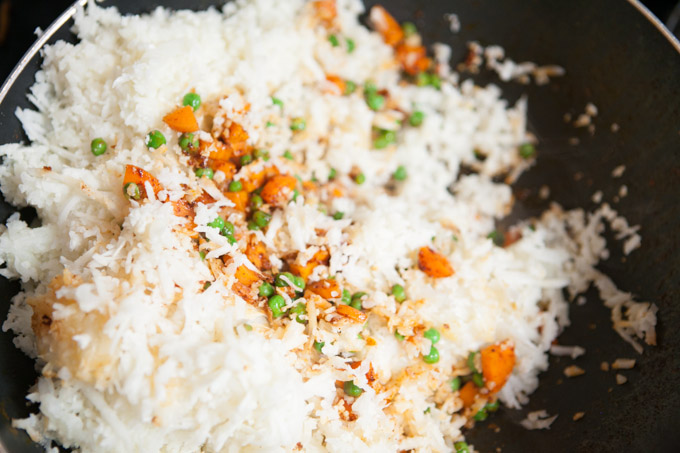 Combine the carrots, peas and cauliflower