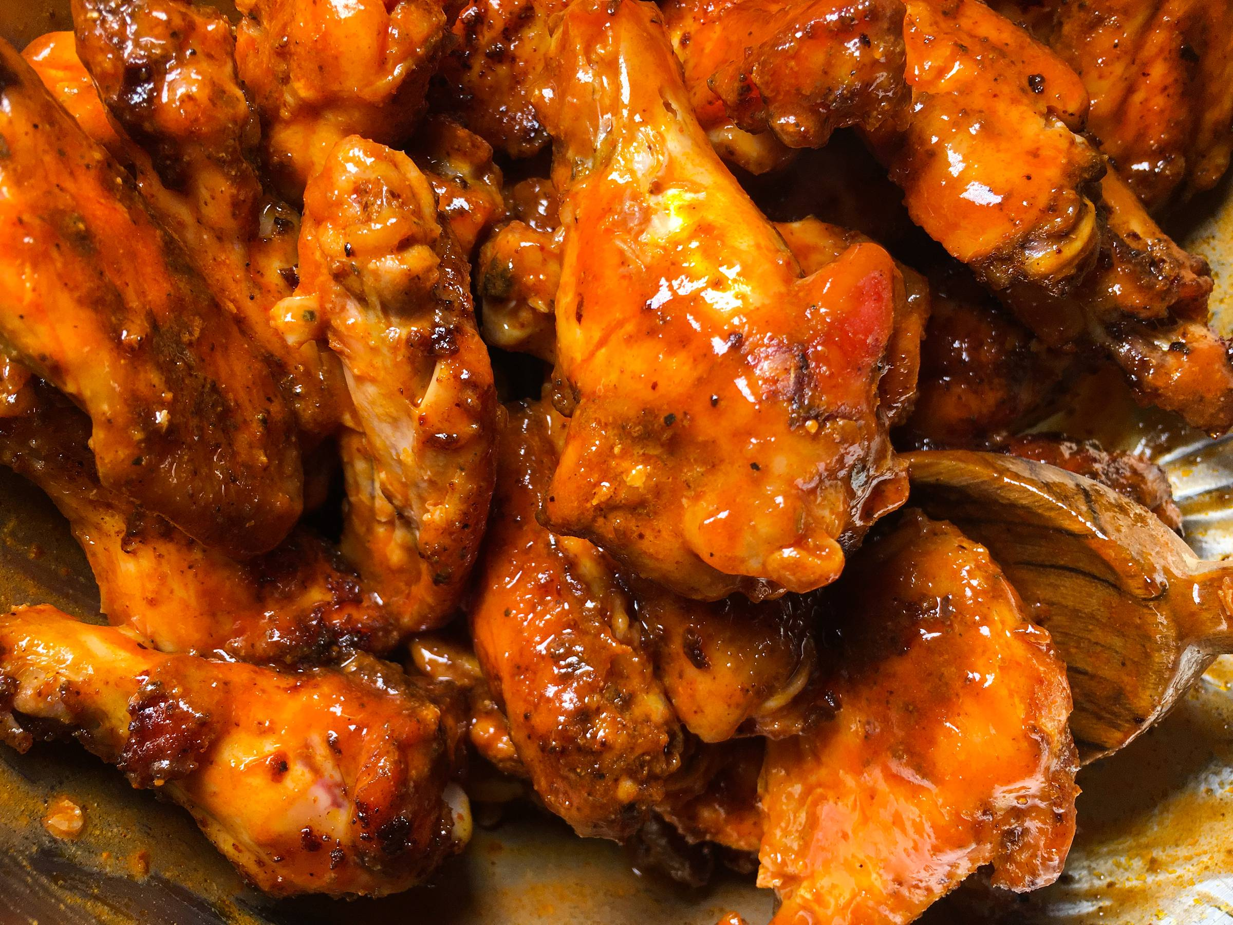 Chicken Wings, Hot wings with Magic dust mike mills eat with tom schmidt
